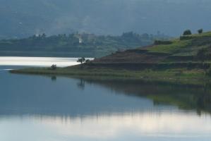 Lake bunyonyi by shanidov