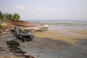 Tofo beach boat by afronie